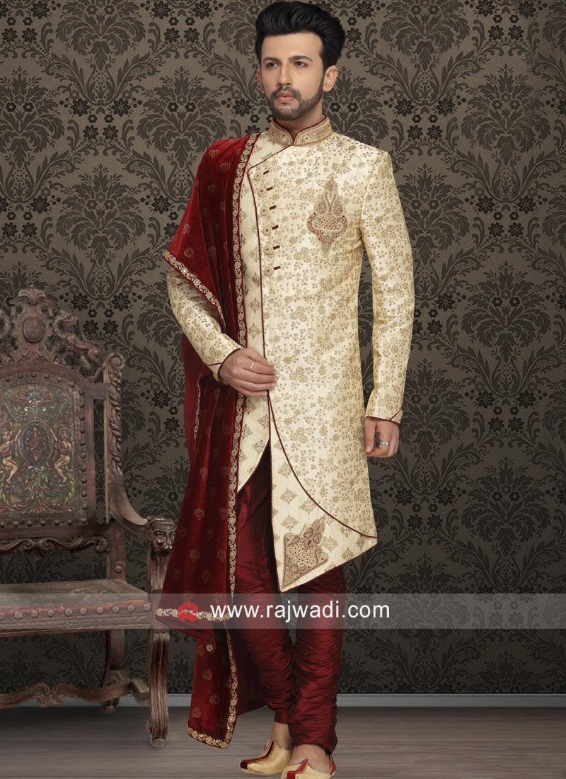Designer Sherwani With Fancy Buttons