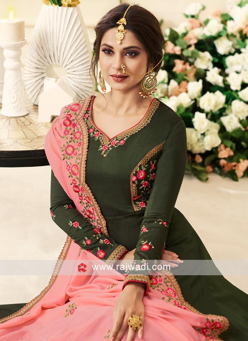 1d01ef7d68 Jennifer Winget Floor Length Anarkali Suit
