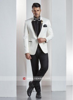 Attractive White Color Suit With Stylish Lapel