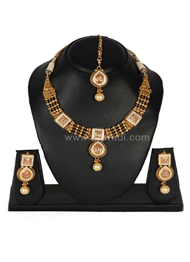 Amazing party wear Necklace Set