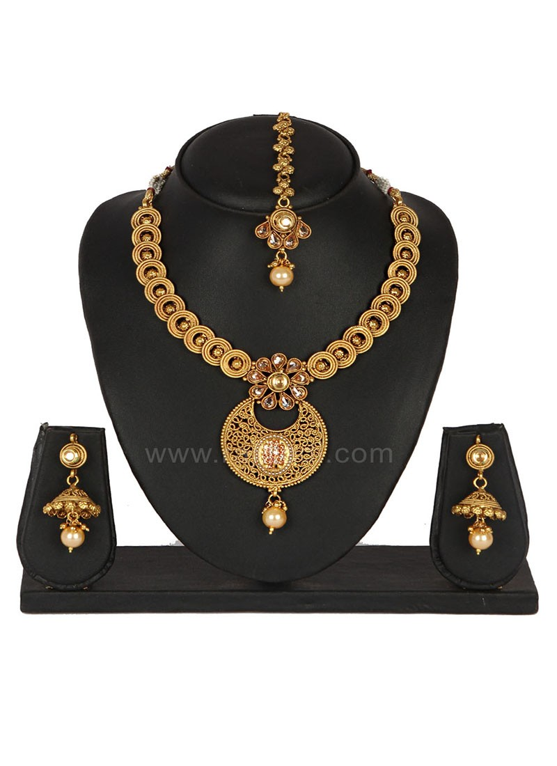 Amazing Sangeet wear Golden Necklace Set
