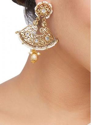 Antique Work Gold Earring Set