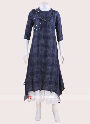 Asymmetrical Cotton Kurti with Necklace