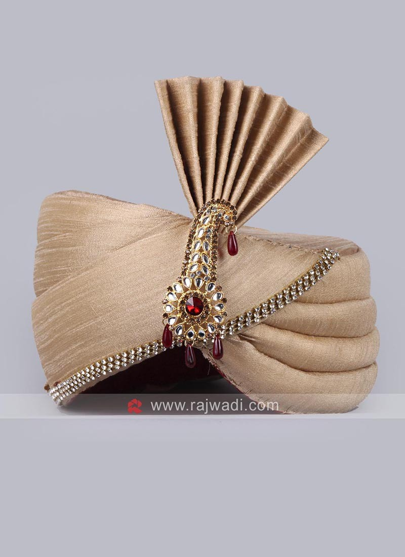 Attractive Art Silk Safa With Fancy Broach