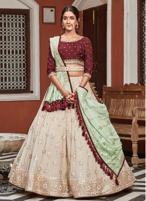 Attractive Look Choli Suit
