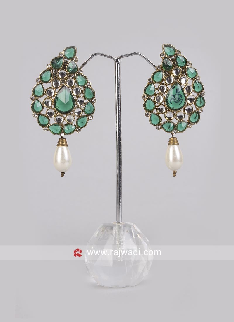 Attractive Pearl and Diamond work Earrings
