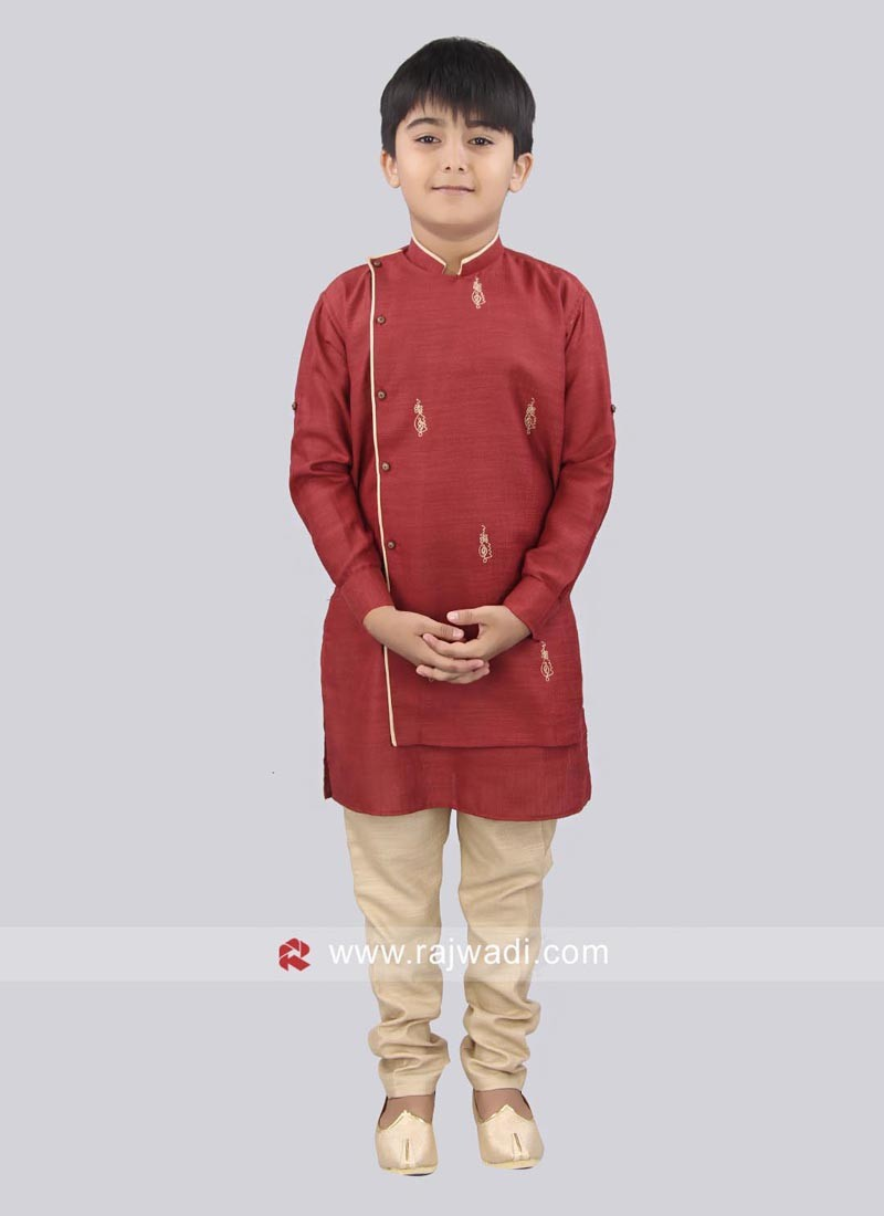 Attractive Side Buttons Kurta With Golden Trouser