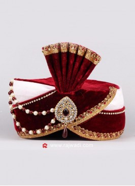 Attractive White and Maroon Safa