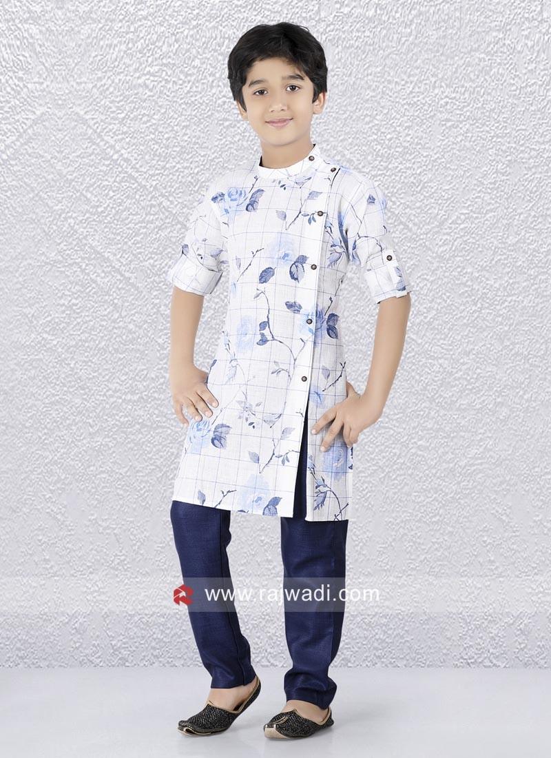 Attractive White Color Kurta In Linen Fabric