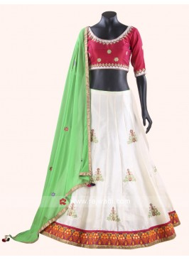 Beautiful Chaniya Choli For Navratri