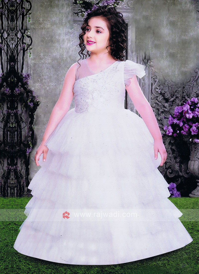 Beautiful White Gown For Girls