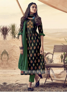 Shagufta Black and Green Cotton Pant Salwar Suit
