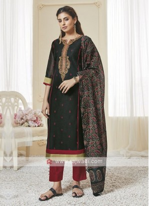 Shagufta Black And Red Pant Salwar Suit