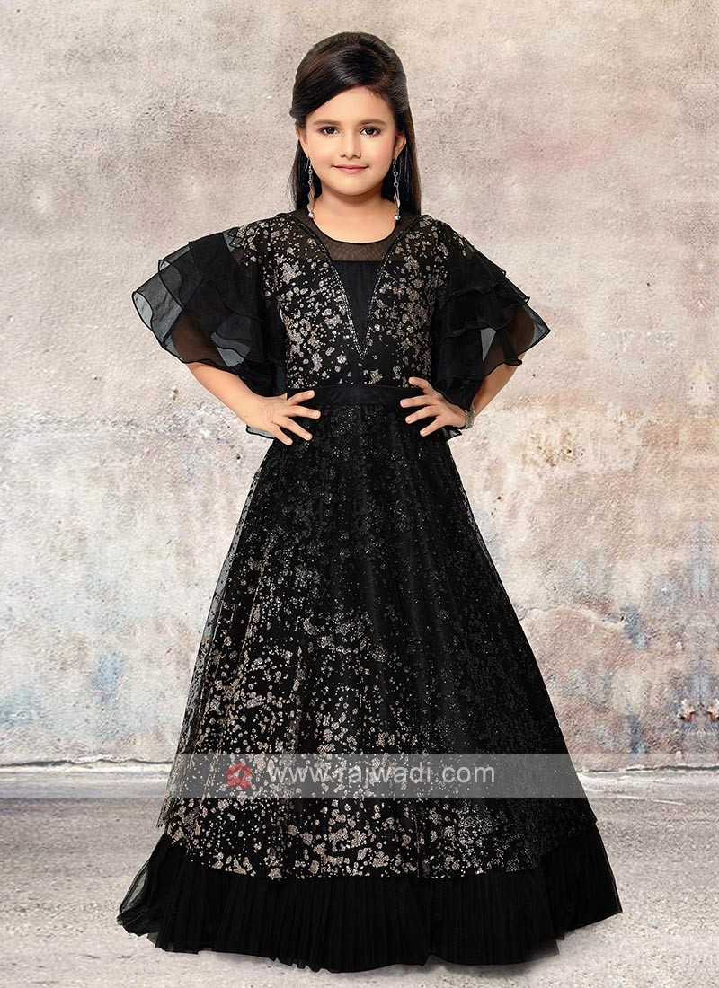 black beautiful gown