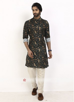 Black color printed kurta