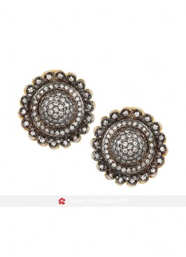 Black Floral Shaped Stud Earrings
