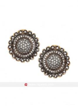 Black Floral Shaped Stud Earrings