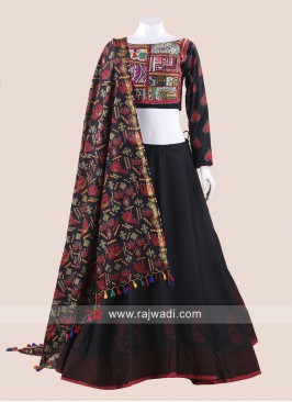 Black Gamthi Chaniya Choli for Navratri