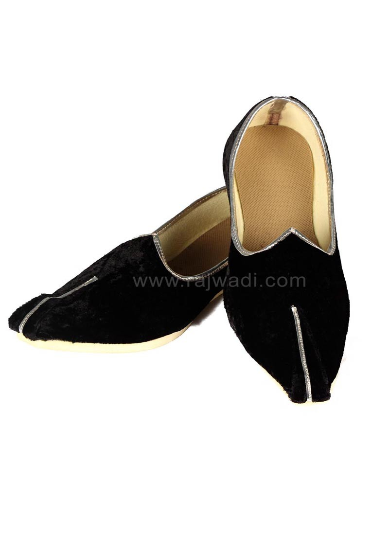 Black Mojari for Mens
