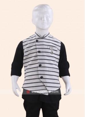 Grey Sleeveless Waist Coat for Boys