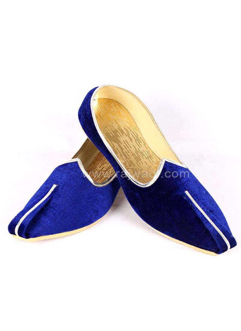 Blue Color Mojari