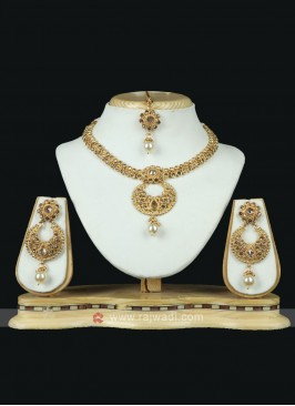 Brass Metal Golden Necklace Set