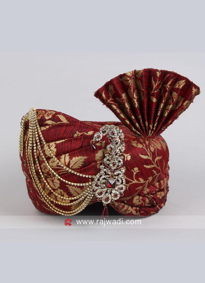 Red Art Silk Safa