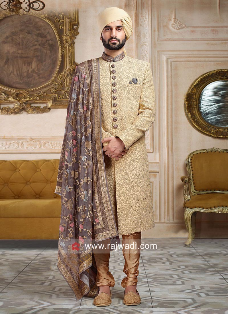 Attractive Zari Work Sherwani With Grey Dupatta