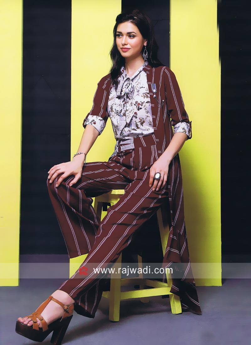 Checkes Pattern Koti with Pant Style Bottom