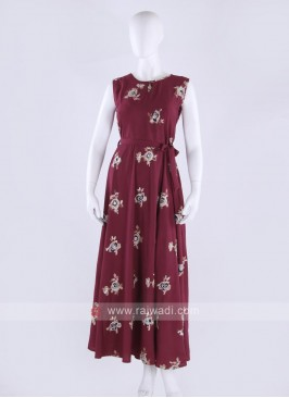 Cotton maxi dress in maroon color