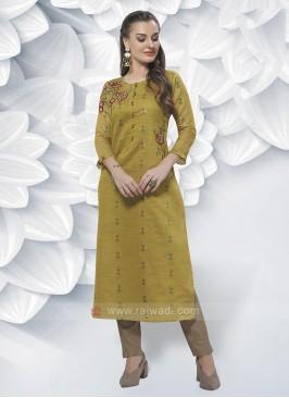 Cotton Silk Kurti In Mehndi Green