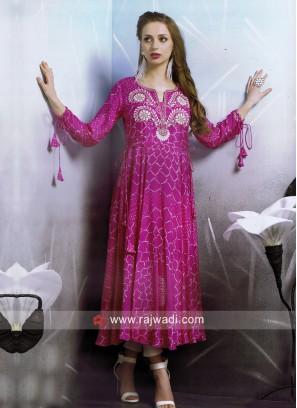 Dressline Crepe Silk Bandhani Print Kurti