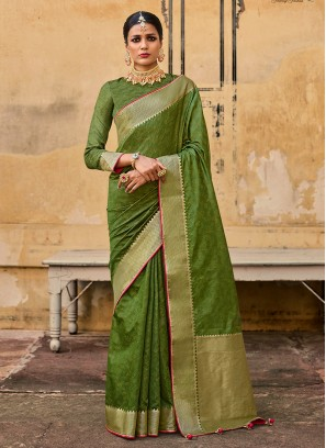 Dazzling Mehndi Green Saree