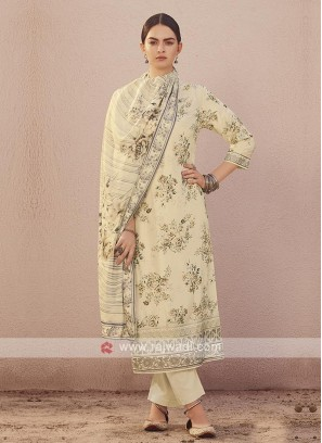 Dola silk suit in cream color