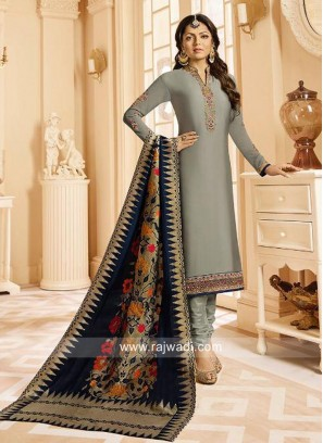 Drashti Dhami in Grey Churidar Suit