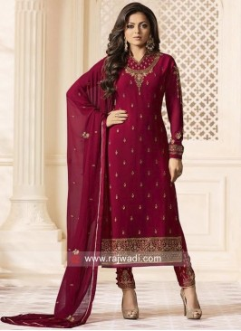 Drashti Dhami Salwar Suit in Maroon