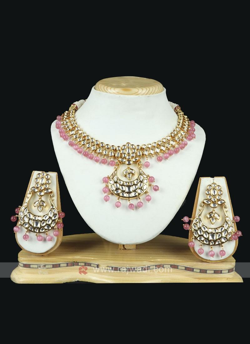 Elegant Brass Metal Necklace Set