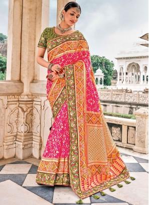 Enticing Pink Contemporary Saree