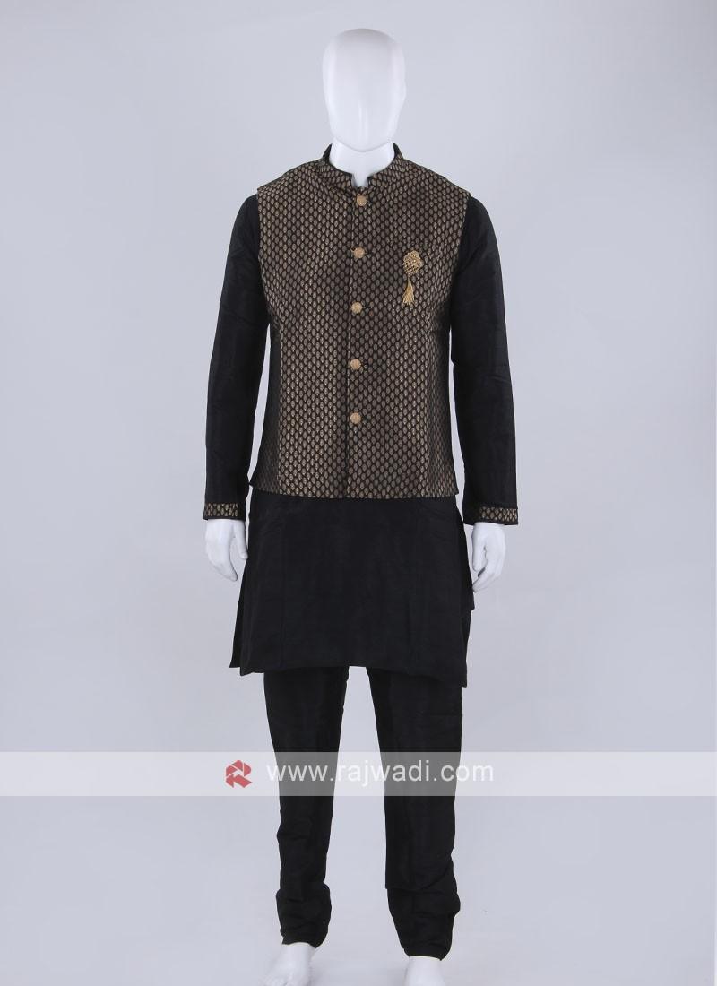 Exclusive broacde silk nehru jacket