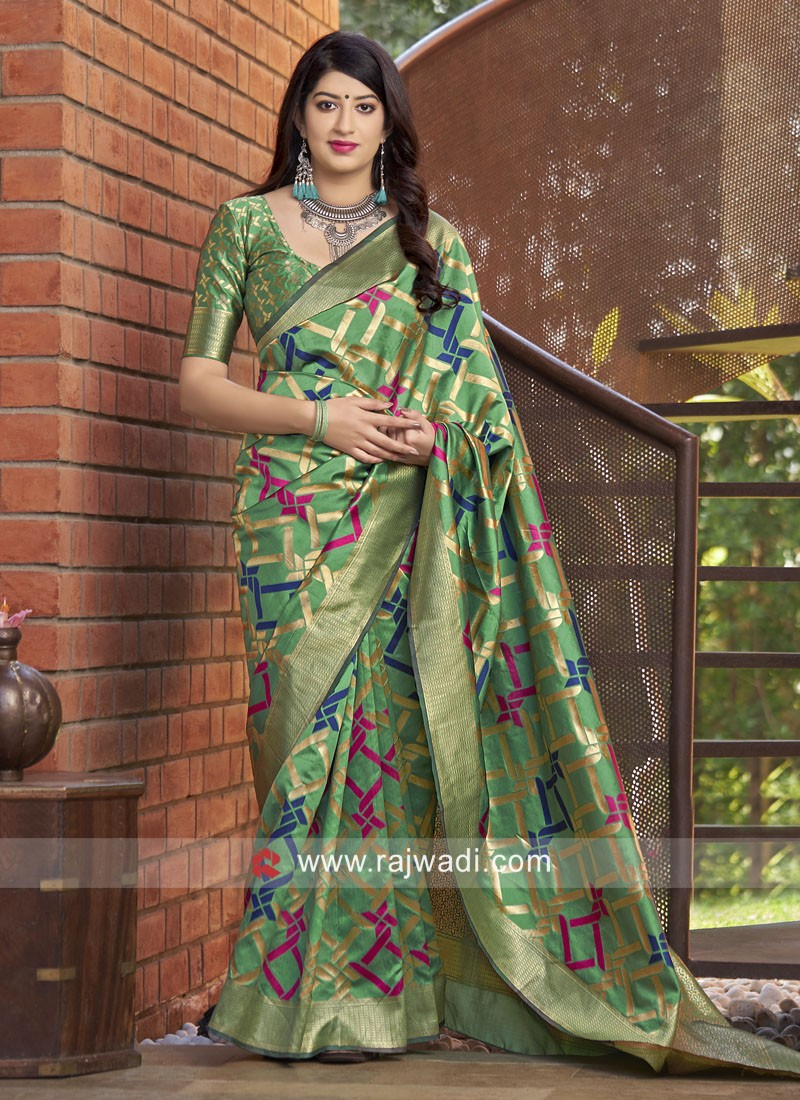 Exclusive Weaving Saree with Blouse
