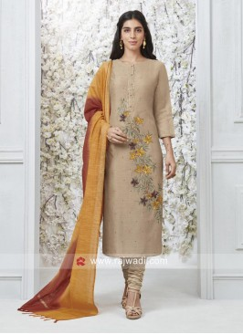 Floral Embroidered Salwar Kameez