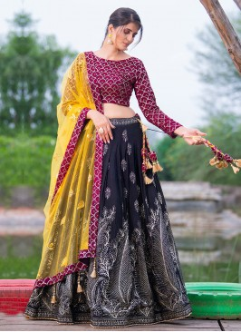 Floral Zari Work Choli Suit