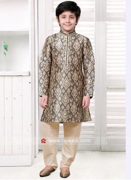 Flower Print Kurta Pajama Set in Light Grey