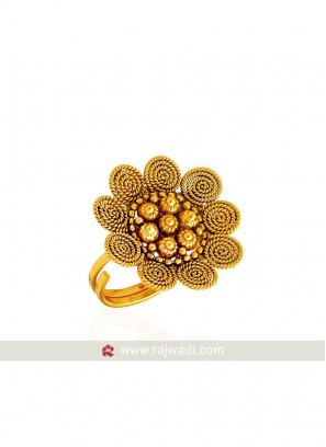 Flower Shaped Festive Finger Ring