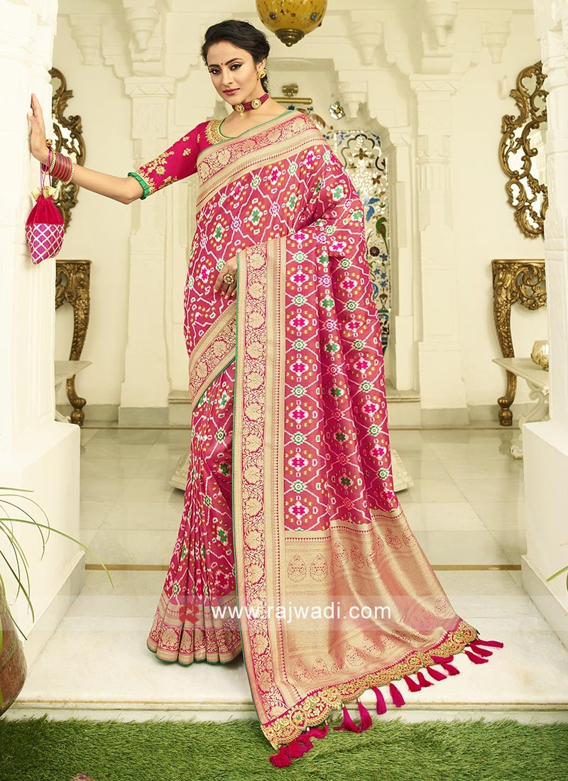 Gajari Pink banasari silk saree with matching blouse piece