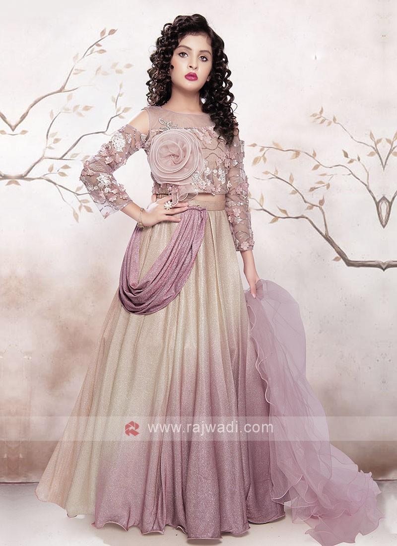 Girls Amazing Choli Suit