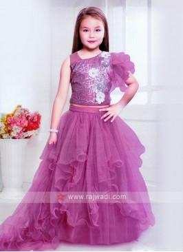 Girls Net Choli Suit In Pink