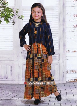Girls Stylish Printed Kurta Set