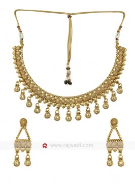 Golden Attractive Necklace Set