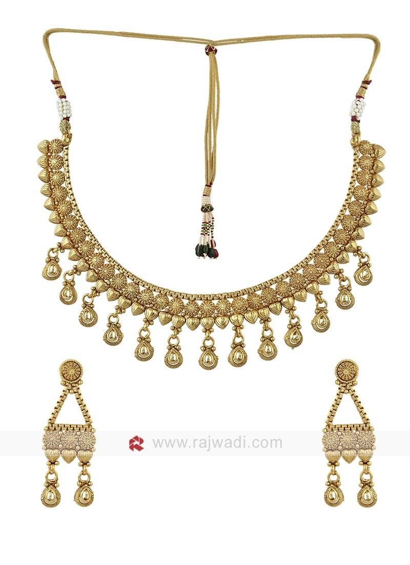 Golden Attractive Necklace Set